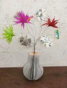 Kreativwerkstatt-Kunst-aus-Büchern-Vase